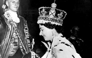 Στις αναμνήσεις από τη στέψη της αναφέρθηκε η βασίλισσα Ελισάβετ της Βρετανίας στο νέο ντοκιμαντέρ του BBC.