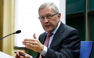 Ο επικεφαλής του Ευρωπαϊκού Μηχανισμού Στήριξης Κλάους Ρέγκλινγκ συνδέει την ελάφρυνση του ελληνικού χρέους με τη συνέχιση των μεταρρυθμίσεων μετά την έξοδο από το πρόγραμμα.