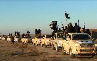 Αυτοκινητοπομπή του Ισλαμικού Κράτους στο Ιράκ.