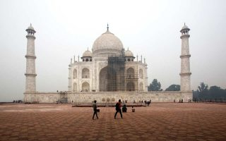 Από το 2015 έχουν αρχίσει οι εργασίες για να αποκατασταθεί το χρώμα του ινδικού μνημείου και να αφαιρεθούν οι ρύποι.