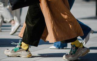 ki-omos-ayta-ta-polypothita-kai-panakriva-sneakers-einai-amp-8221-made-in-china-amp-82210