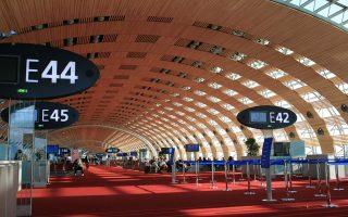 Οι εταιρείες που θα βρεθούν στις πρώτες θέσεις της λίστας των αποκρατικοποιήσεων είναι η Engie, η Française des Jeux, η Orange και η Aéroports de Paris (ADP), που είναι υπεύθυνη για τη διαχείριση των αεροδρομίων «Σαρλ ντε Γκωλ» και Ορλί.