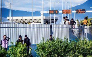 Η ενίσχυση των μέτρων ασφαλείας στο λιμάνι μπορεί να οδηγήσει στη μείωση του αριθμού μεταναστών που φθάνουν στην Πάτρα, σημειώνουν στελέχη του ΟΛΠ και του Λιμεναρχείου.