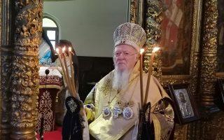 aganaktisi-gia-tin-epanemfanisi-neonazistikon-taseon-ekfrazei-o-oikoymenikos-patriarchis0