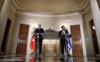 Παρά τα όσα ισχυρίστηκε κατά την πρόσφατη επίσκεψή του στην Αθήνα  ο Τούρκος πρόεδρος Ταγίπ Ερντογάν, η Ανεξάρτητη Επιτροπή Προσφυγών έκρινε ότι οι τουρκικές αρχές δεν αποδεικνύουν συγκεκριμένη ανάμειξη του αιτούντος αξιωματικού στο πραξικόπημα της 15ης Ιουλίου.