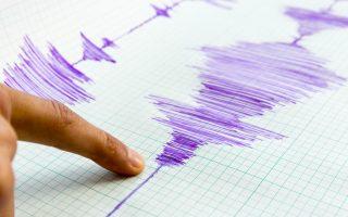kathisychastikoi-oi-seismologoi-meta-ti-donisi-ton-4-2-richter-amp-8211-pos-anamenetai-na-exelichthei-to-fainomeno0