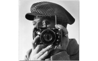 moyseio-afieromeno-stin-istoria-ton-selfies0