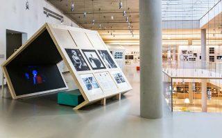 Η έκθεση-αφιέρωμα στον Στέφανο Λαζαρίδη στην Εθνική Βιβλιοθήκη στο ΚΠΙΣΝ.