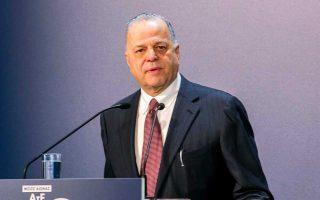 Αν και δεν άνοιξε περαιτέρω τα χαρτιά του, ο κ. Μυτιληναίος συνέδεσε τις επιχειρηματικές κινήσεις με το άνοιγμα της αγοράς ηλεκτρισμού.
