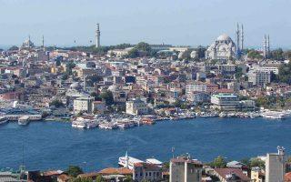 Τα τουριστικά έσοδα της Τουρκίας αυξήθηκαν 18,9% το 2017 και διαμορφώθηκαν στα 26,283 δισ. δολ. Το 77,4% των εσόδων προήλθε από την άφιξη ξένων επισκεπτών, ενώ το 22,6% από Τούρκους πολίτες που διαμένουν στο εξωτερικό.