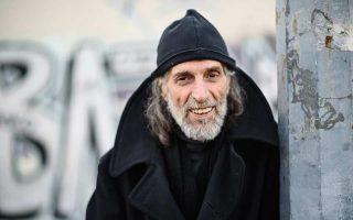 Ο Δημήτρης Παρθένης ξεκίνησε την καριέρα του στη μόδα στα τέλη του 1960, ανοίγοντας ένα κατάστημα στο κέντρο της Αθήνας.