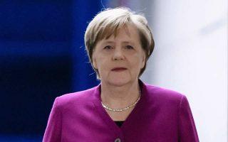 Η Γερμανίδα καγκελάριος Αγκελα Μέρκελ καταφθάνει στο στούντιο του ZDF στο Βερολίνο.
