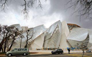Tο Ιδρυμα Louis Vuitton, στους κήπους της Βουλώνης, στο Παρίσι, κατασκευής 2006.