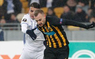 O Mπακάκης ήταν εξαιρετικός χθες στο Κίεβο, όμως η ΑΕΚ δεν βρήκε  το γκολ της πρόκρισης στους «16» του Γιουρόπα Λιγκ και η Ντιναμό με 0-0 και το 1-1 του ΟΑΚΑ πήρε το εισιτήριο.