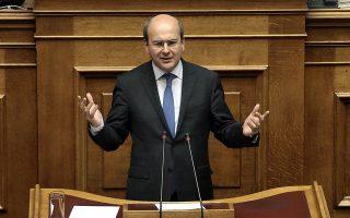 Ο αντιπρόεδρος της Ν.Δ. Κ. Χατζηδάκης καταγγέλλει ότι η κυβέρνηση χρηματοδότησε τις προσλήψεις στην ΕΕΣΣΤΥ μέσω του κρατικού προϋπολογισμού.