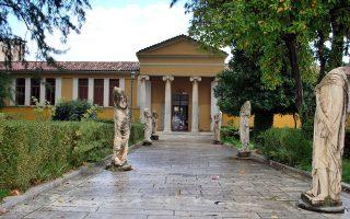 Το υπάρχον Αρχαιολογικό Μουσείο Σπάρτης στεγάζεται σε κτίσμα του 1876 και μοιάζει ακατάλληλο.