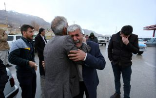 Relatives of passengers who were believed to have been killed in a plane crash react near the town of Semirom, Iran, February 18, 2017. REUTERS/Tasnim News Agency  ATTENTION EDITORS - THIS PICTURE WAS PROVIDED BY A THIRD PARTY.     TPX IMAGES OF THE DAY