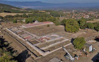 anaktoro-filippoy-v-amp-8217-h-klasiki-architektoniki-tis-makedonias-apokalyptetai-foto0
