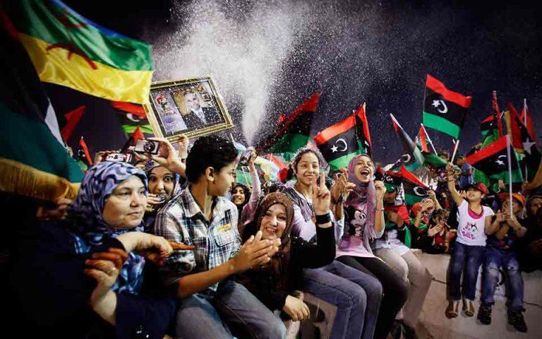 Λιβύη: Υπό τη σκιά του διχασμού γιόρτασαν την επέτειο ανατροπής του Καντάφι