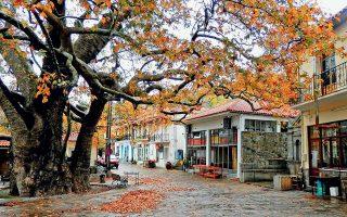 Το χωριό Αρνα της Λακωνίας, τόπος καταγωγής του Βασίλη Δρογκάρη. Η σύνδεση με την ιδιαίτερη πατρίδα είχε και τη μορφή λαϊκής κουλτούρας.