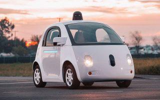 Οι κορυφαίες κινεζικές εταιρείες επενδύουν δισ. δολάρια σε οτιδήποτε έχει σχέση με την ανθρώπινη νοημοσύνη: από τα αυτόνομα αυτοκίνητα μέχρι τις έξυπνες οικιακές συσκευές που αντιδρούν στην ανθρώπινη ομιλία.