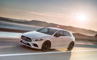 Η καινούργια και πιο επιθετική σχεδίαση και το δυναμικό του προφίλ είναι τα πρώτα στοιχεία που ξεχωρίζουν στο νέο μικρομεσαίο μοντέλο της Mercedes-Benz.