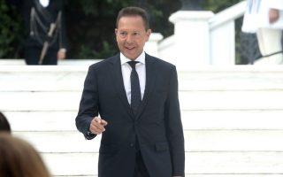 Ο διοικητής της Τράπεζας της Ελλάδος Γιάννης Στουρνάρας προσέρχεται στη δεξίωση για την 43η επέτειο από την αποκατάσταση της Δημοκρατίας στο Προεδρικό Μέγαρο, Αθήνα, τη Δευτέρα 24 Ιουλίου 2017.