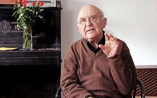 Ο σπουδαίος συγγραφέας Ααρον Απελφελντ πέθανε στο Ισραήλ  στις 4 Ιανουαρίου.