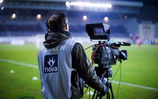 Η νέα καθυστέρηση είναι απότοκη και των τελευταίων εξελίξεων σε ό,τι αφορά τα δικαιώματα μετάδοσης των αγώνων του ελληνικού πρωταθλήματος ποδοσφαίρου.