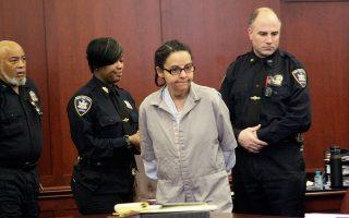 Εικόνα αρχείου της Γιοσελίν Ορτέγα από την πρώτη της εμφάνιση ενώπιον της Δικαιοσύνης, τον Μάρτιο του 2013.