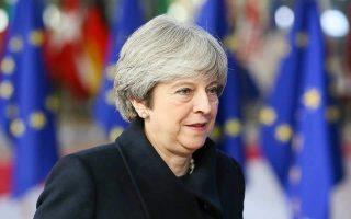 41-4-dis-eyro-to-kostos-brexit-gia-londino-60-gia-vryxelles0