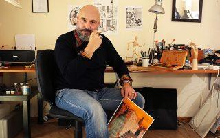 Ο Βασίλης Γρίβας στο μικρό καλλιτεχνικό εργαστήρι που έχει φτιάξει σε δωμάτιο του σπιτιού του.