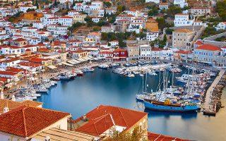 Το γραφικό λιμάνι της  Ύδρας. (Φωτογραφία: © ΓΙΩΡΓΟΣ ΤΣΑΦΟΣ)