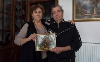 Οι γονείς του Δημήτρη Κούκλατζη μίλησαν στον  απεσταλμένο του γερμανικού περιοδικού Spiegel (Φωτογραφία: ALEXANDROS AVRAMIDIS)