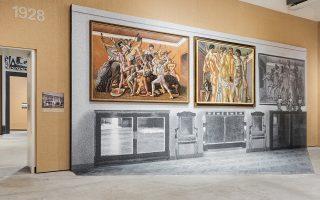 Οι πίνακες στην έκθεση «Post Zang Tumb Tuuum» παρουσιάζονται στο «πραγματικό» τους περιβάλλον.