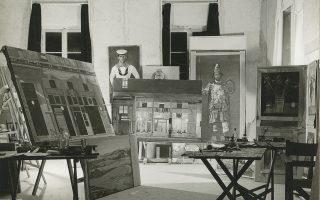 Το σπίτι-ατελιέ του Γιάννη Τσαρούχη ανασυντίθεται με βάση φωτογραφικό υλικό.