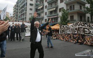 Μολονότι η ενασχόληση με τον ΠΑΟΚ έδωσε ώθηση στα σχέδια του Ιβάν Σαββίδη, εσχάτως τον υπερεκθέτει στην αρνητική δημοσιότητα.