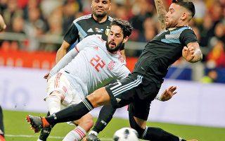 Η Ισπανία τιμώρησε με έξι γκολ την Αργεντινή, η οποία αγωνίστηκε χωρίς τον Μέσι και έδειξε ότι θέλει πολλή δουλειά ενόψει Μουντιάλ.