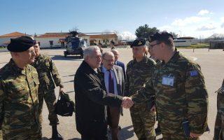 Ο αναπληρωτής υπουργός Εθνικής Αμυνας Φ. Κουβέλης, κατά τη διάρκεια της χθεσινής επίσκεψής του στην Ορεστιάδα.