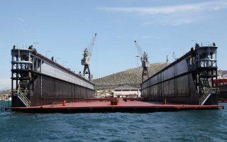 Οσοι αντιδρούν στους Κινέζους θεωρούν ότι μεγάλο μέρος των δραστηριοτήτων της ναυπήγησης και της επισκευής θα μείνει στα χέρια τους, και σε έναν-δύο υπεργολάβους, αφήνοντας τους άλλους «εκτός νυμφώνος».