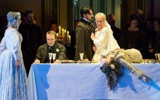 Η «Λουτσία» αποτέλεσε την πρώτη συνεργασία της Κέιτι Μίτσελ με τη Βασιλική Οπερα του Λονδίνου. Η πρεμιέρα δόθηκε την άνοιξη του 2016, δημιουργώντας ιδιαίτερες συζητήσεις στο Λονδίνο για τη σκηνοθετική ματιά της.