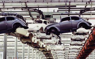 Η Γερμανία θα δεχθεί ισχυρό πλήγμα, αν ο Αμερικανός πρόεδρος επιβάλει δασμούς στις εισαγωγές ευρωπαϊκών αυτοκινήτων, καθώς οι ΗΠΑ είναι μία από τις μεγαλύτερες αγορές για τα γερμανικά αυτοκίνητα και ανταλλακτικά αυτοκινήτων.