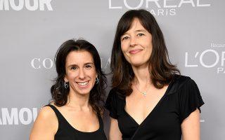 Οι δημοσιογράφοι των New York Times Τζόντι Κάντορ και Μέγκαν Τούχι, στα βραβεία «Γυναίκα της Χρονιάς 2017» του περιοδικού Glamour, στο Μπρούκλιν της Νέας Υόρκης, τον περασμένο Νοέμβριο.