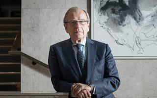 Στα θετικά της πιθανής υποψηφιότητας Λίικανεν είναι το γεγονός ότι βρίσκεται στο μέσον του φάσματος σε θέματα νομισματικής πολιτικής – μεταξύ Γενς Βάιντμαν και Μάριο Ντράγκι, Πέτερ Πράετ.