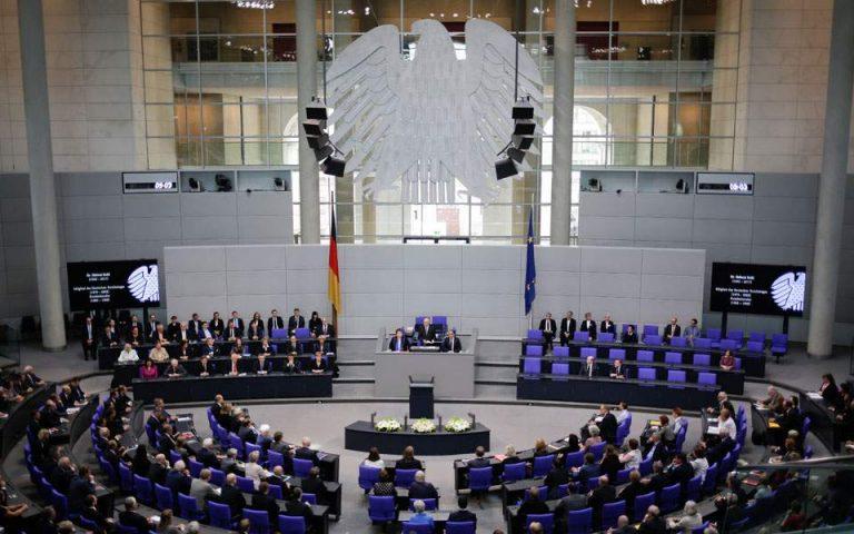 Spiegel: Οι Γερμανοί Φιλελεύθεροι αντιδρούν σε πιθανή ελληνογαλλική συμφωνία για τις φρεγάτες