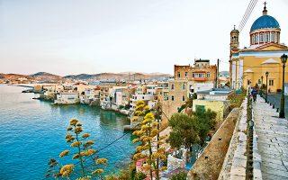 Τα Βαπόρια, η πιο όμορφη συνοικία της Ερμούπολης. (Φωτογραφία: ©  ΕΒΕΛΥΝ ΦΩΣΚΟΛΟΥ)