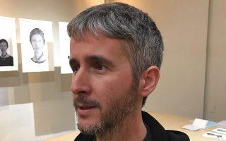 Ο Θανάσης Κουραβέλος, συν-συγγραφέας του βιβλίου «Οι ρίζες της ανομίας: μικρή συμβολή στην κατανόηση του ελληνικού προβλήματος».