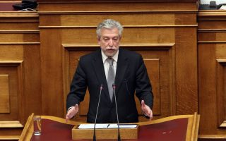Ο υπουργός Δικαιοσύνης, Διαφάνειας και Ανθρωπίνων Δικαιωμάτων Σταύρος Κοντονής μιλάει στην Ολομέλεια της Βουλής στη  συνέχεια της συζήτησης για τον Προϋπολογισμό του Κράτους για το 2018, Δευτέρα 18 Δεκεμβρίου 2017. ΑΠΕ-ΜΠΕ/ΑΠΕ-ΜΠΕ/Αλέξανδρος Μπελτές