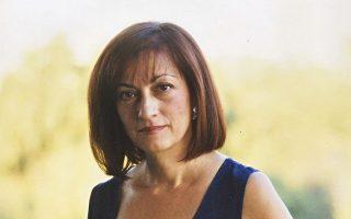«Στη Μάνη δεν χρειάστηκε να φορέσω ποτέ το ρολόι μου κι όμως μέτραγα τον χρόνο...», λέει η Νάντια Σερεμετάκη.