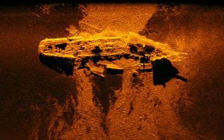 Εικόνα από σόναρ του ναυαγίου που βρέθηκε ανοικτά της Αυστραλίας. Πρόκειται πιθανότατα για το βρετανικό «West Ridge».